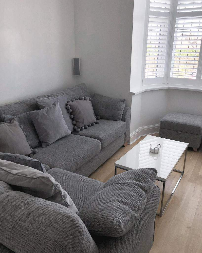 Livingroom Coffee Table Ideas -meandmrhughes