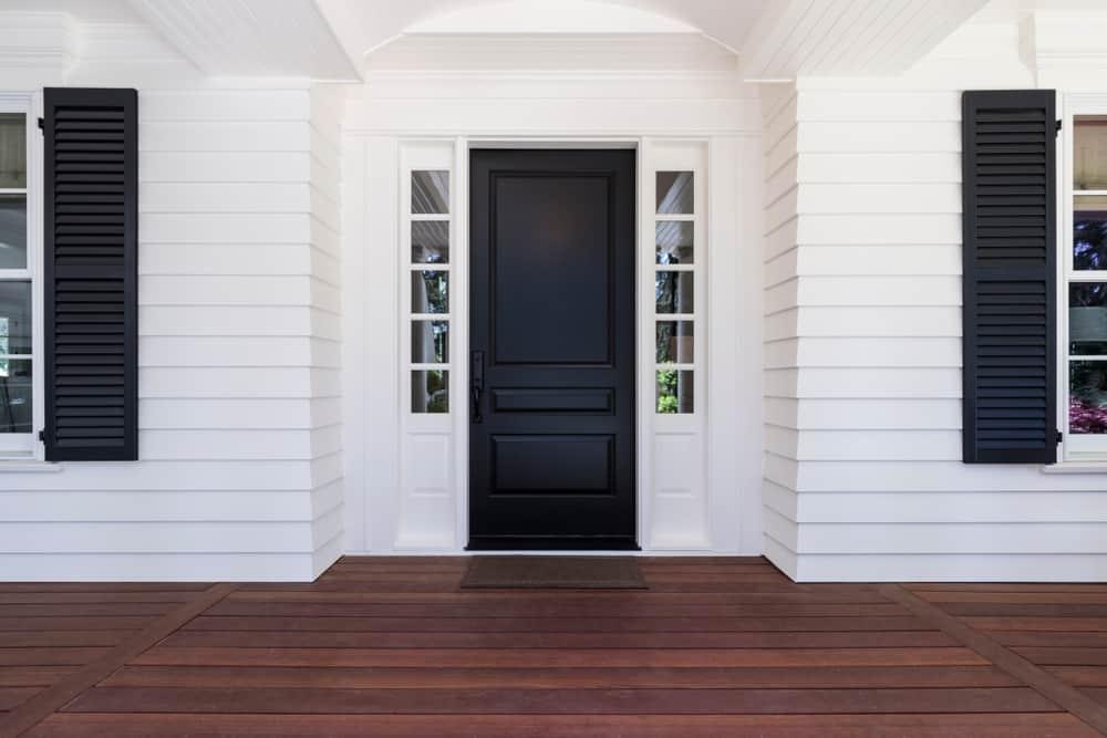 Black,Front,Door,Of,Classic,Style,Home,In,Oregon.