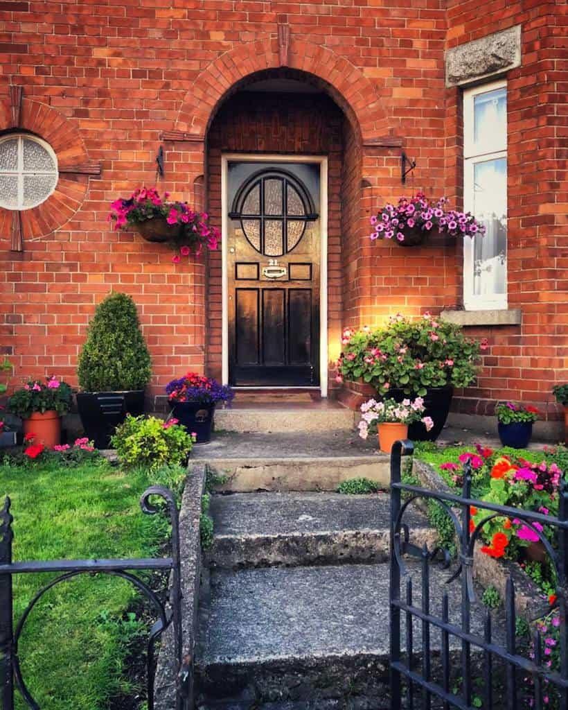 Modern Front Door Ideas -antoinetteereilly