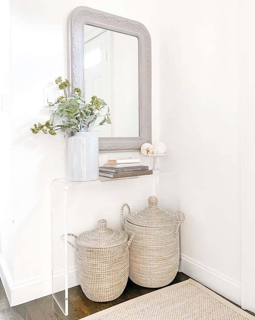 Modern Small Entryway Ideas -jenniferjhughes