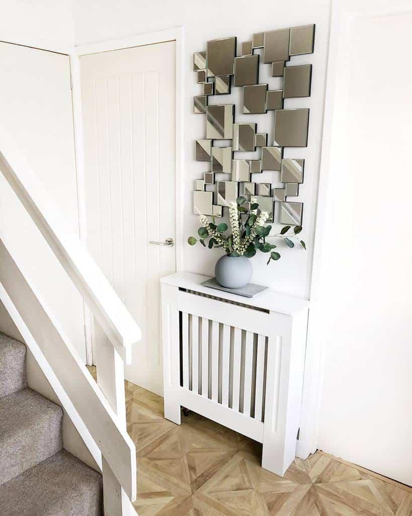 Modern Small Entryway Ideas -little_house_life