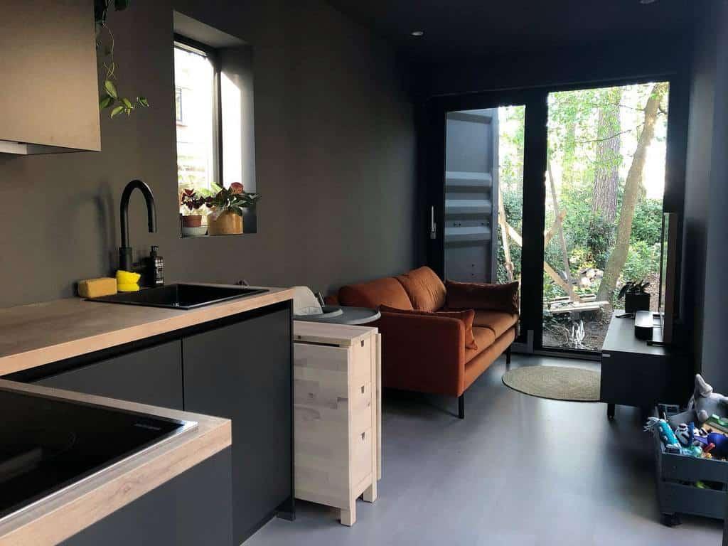 Modern Tiny House Ideas -tinythuuske