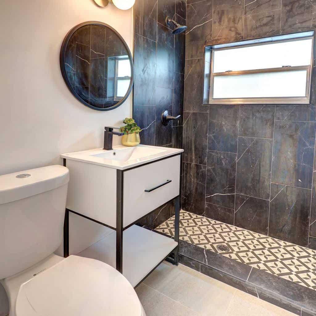 Open Concept Doorless Walk In Shower Ideas -thinkcurated