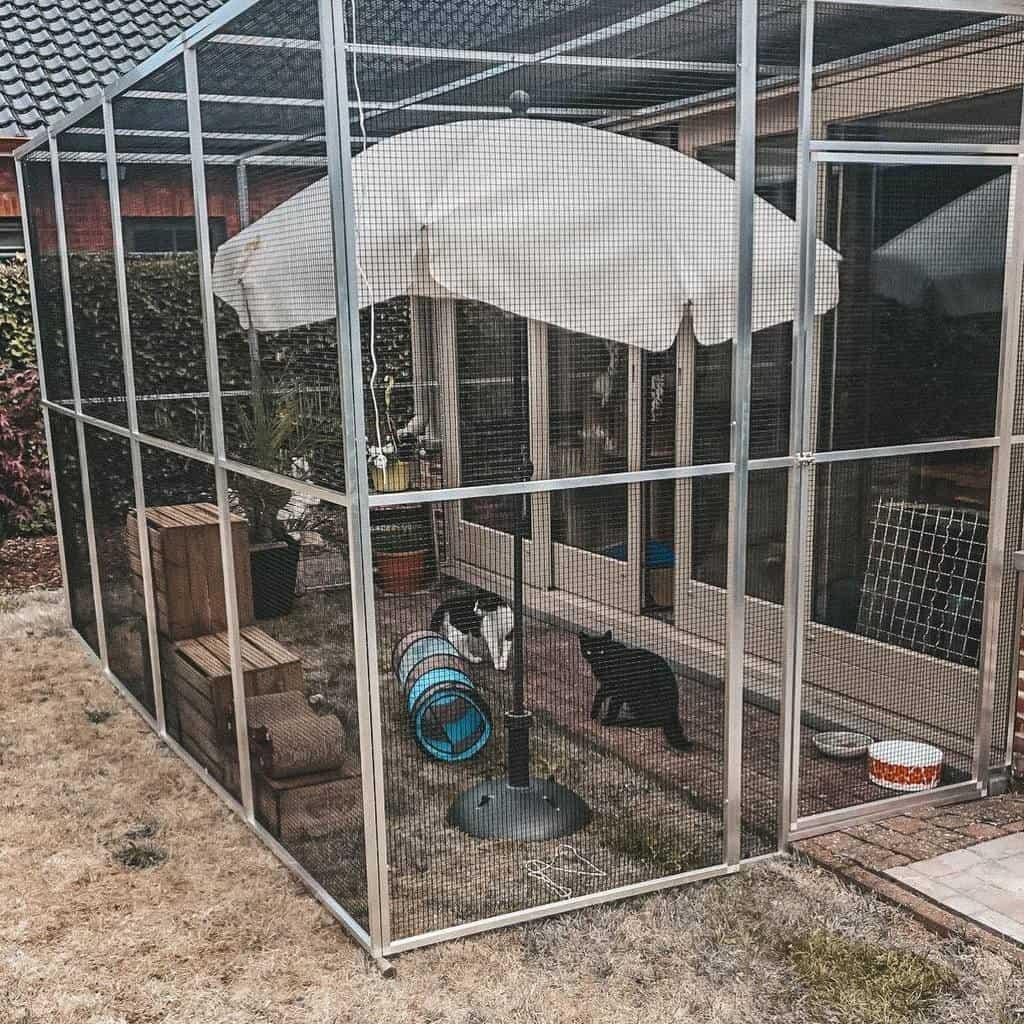Outdoor Catio Ideas -tobyovyfien