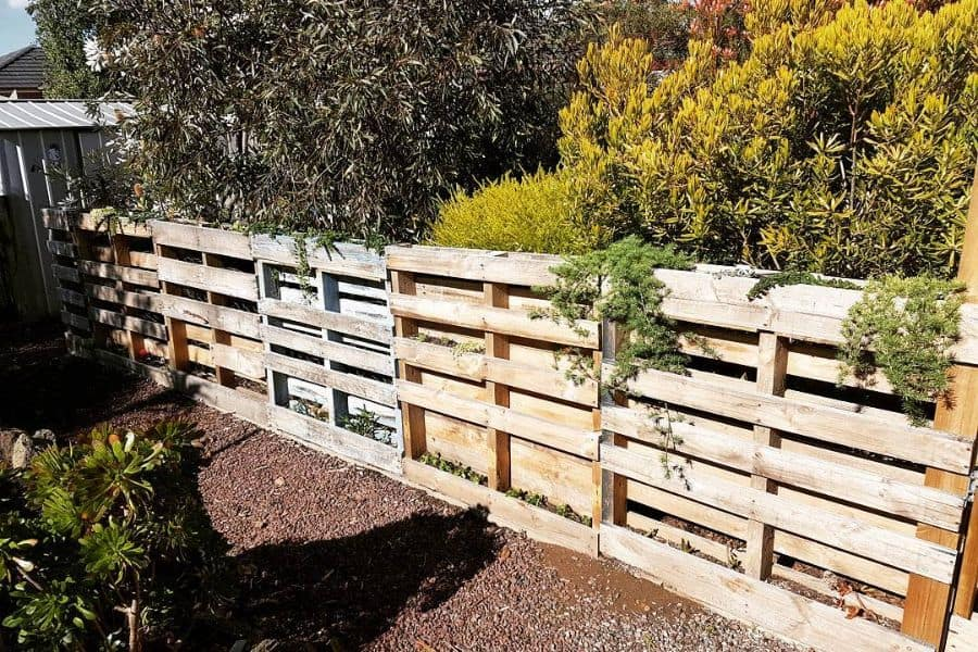 The Top 63 Pallet Fence Ideas