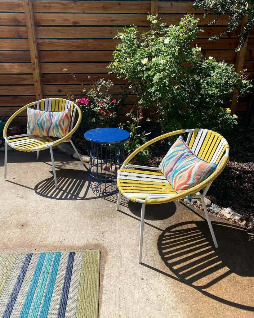 Patio Side Yard Ideas -midmodmarion