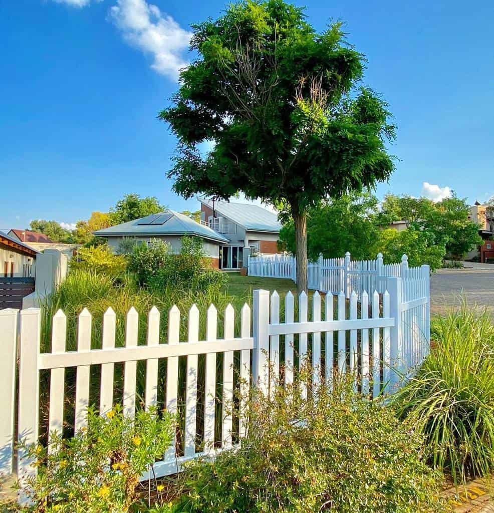 Picket Pallet Fence Ideas -andre_liebenberg