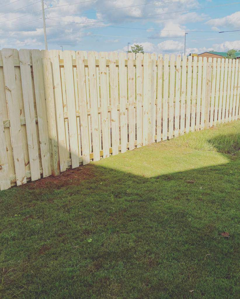 Privacy Pallet Fence Ideas -peachstatewoodfencing