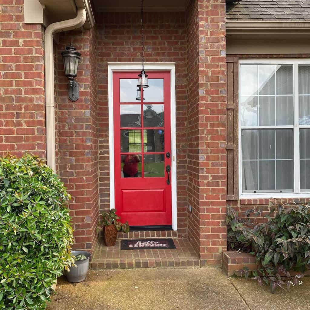 Red Front Door Ideas -leeannnolan