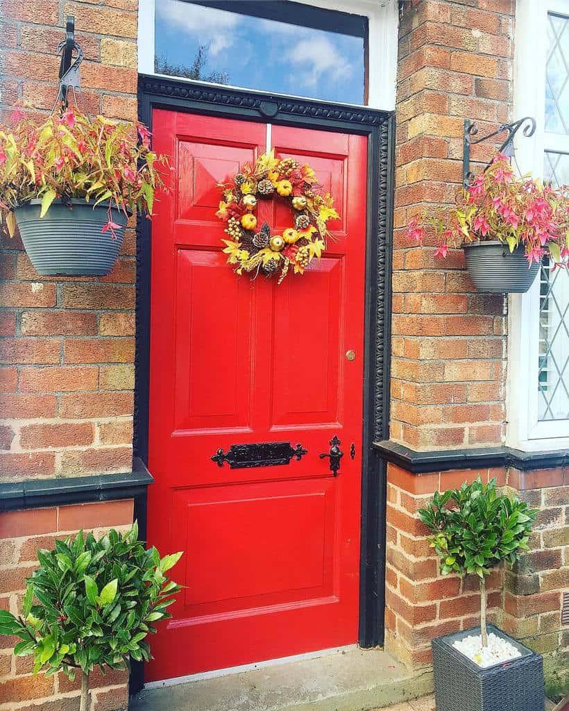 Red Front Door Ideas -lifebehindtheredfrontdoor