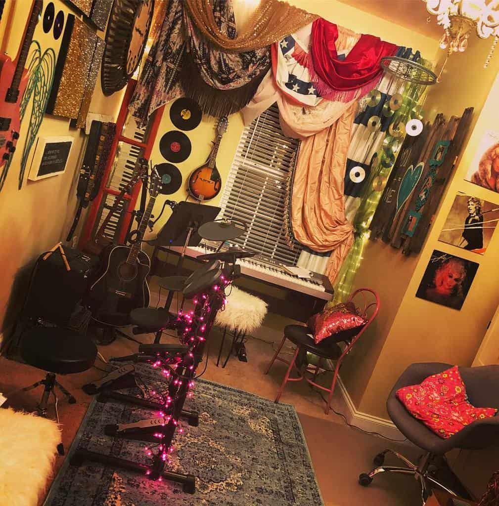 Retro Music Room Ideas -caseykearneymusic