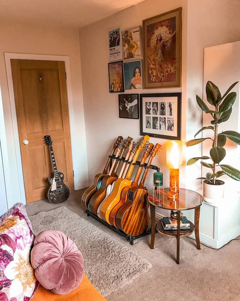 Retro Music Room Ideas -dvc_home