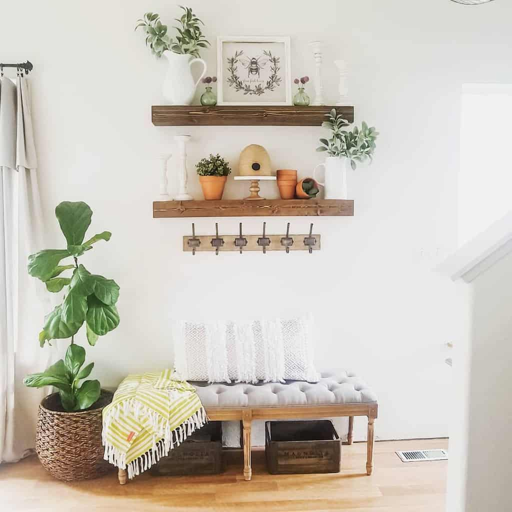 Rustic Small Entryway Ideas -heedingthehearth