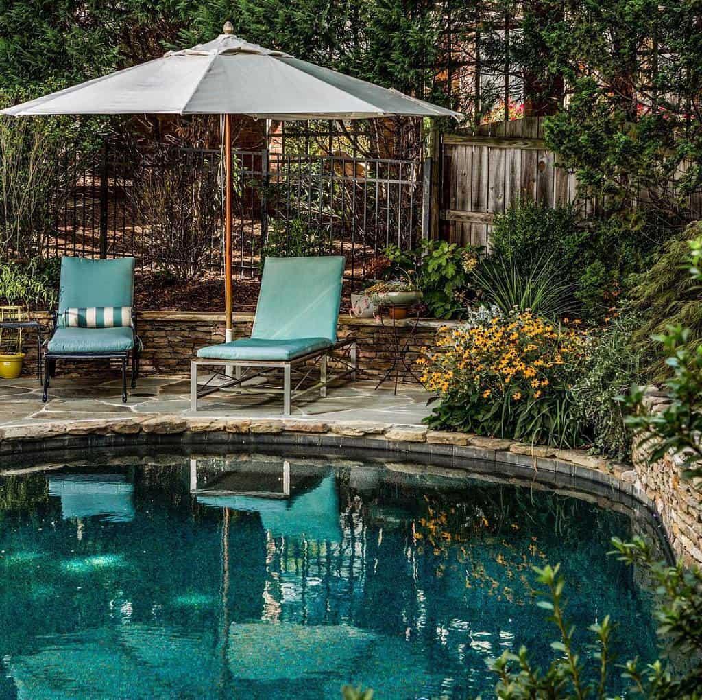 Rustic Small Pool Ideas -thestonemanrocks