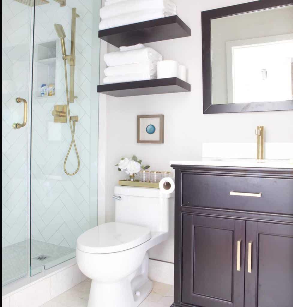 Shelves Over The Toilet Storage Ideas -miriammanzo_interiors
