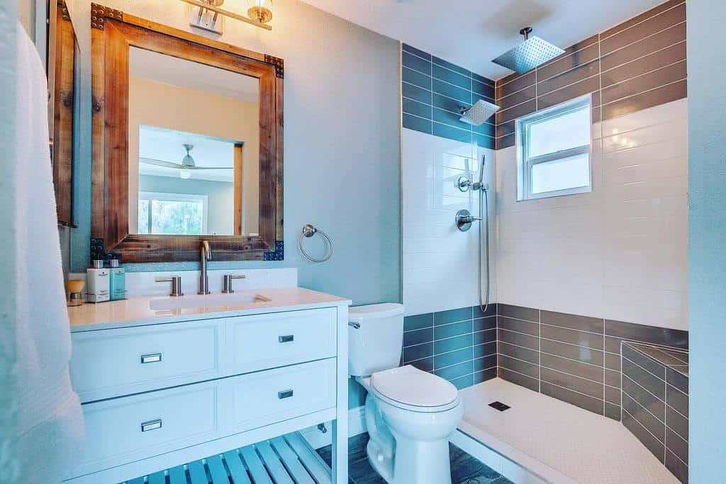 Small Doorless Walk In Shower Ideas -champagnebronzepapi