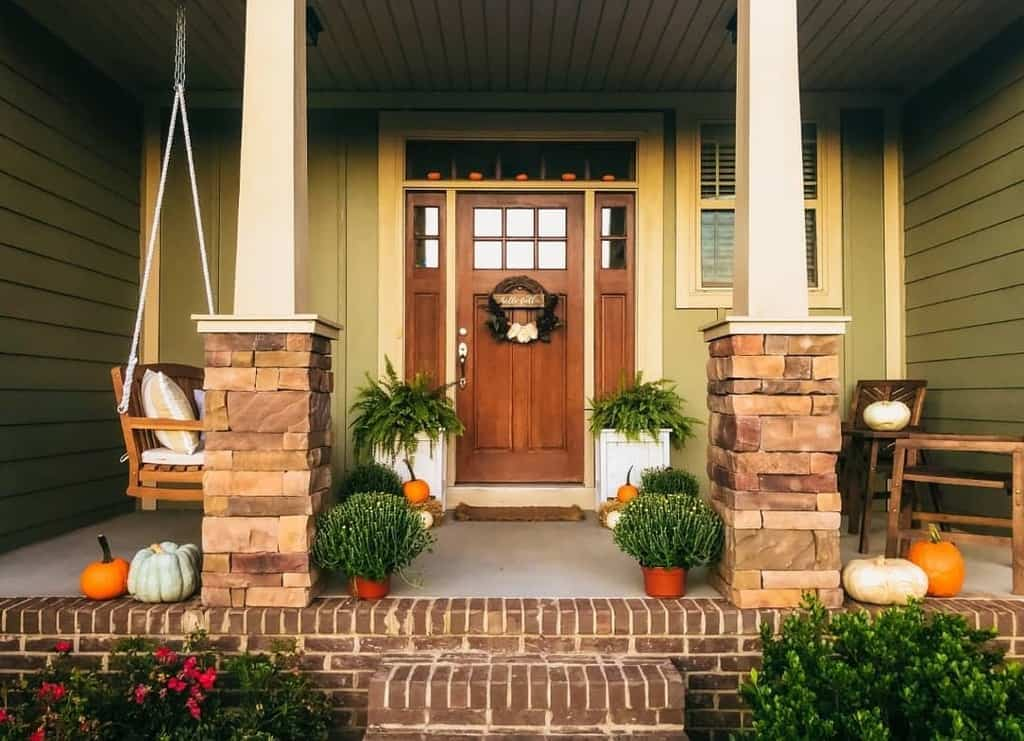 Small Front Porch Decorating Ideas -creationsbyjoybelle