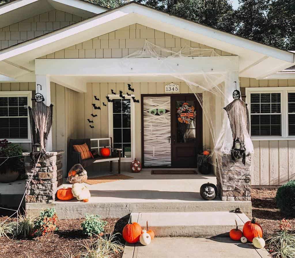 Small Front Porch Decorating Ideas -ourseventiesranch