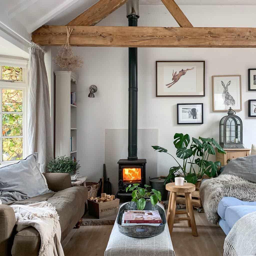 Small House Decor Ideas -myteenytinyhouse