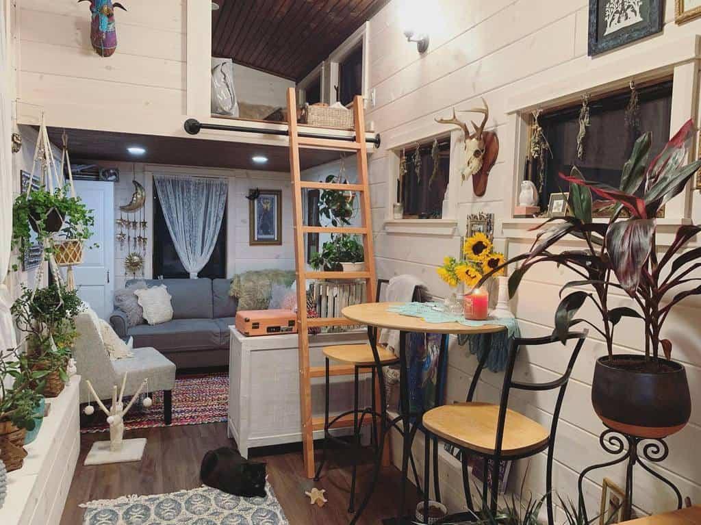 Small House Decor Ideas -mytinylittlehouse