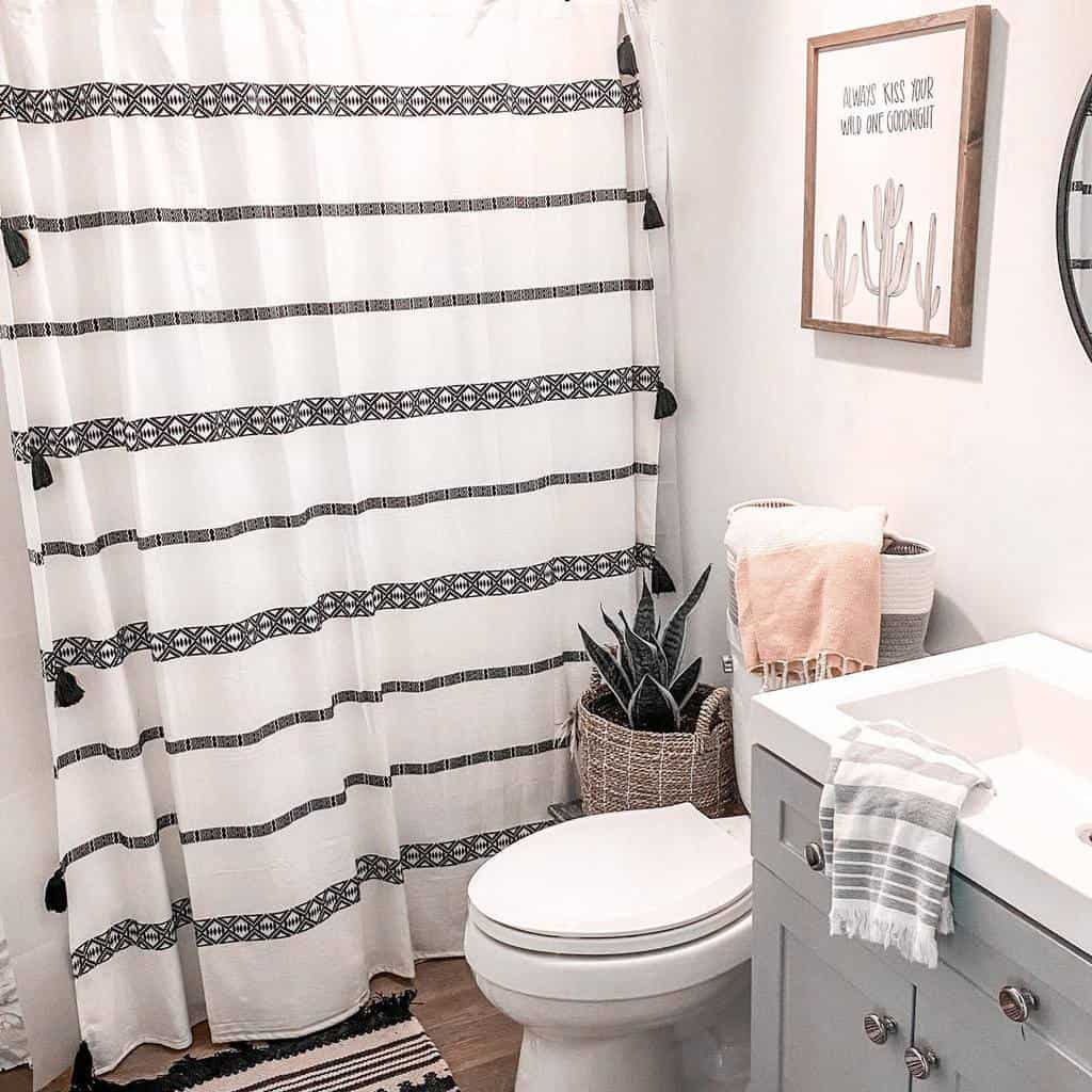 Small Shower Curtain Ideas -herecomethemillers_