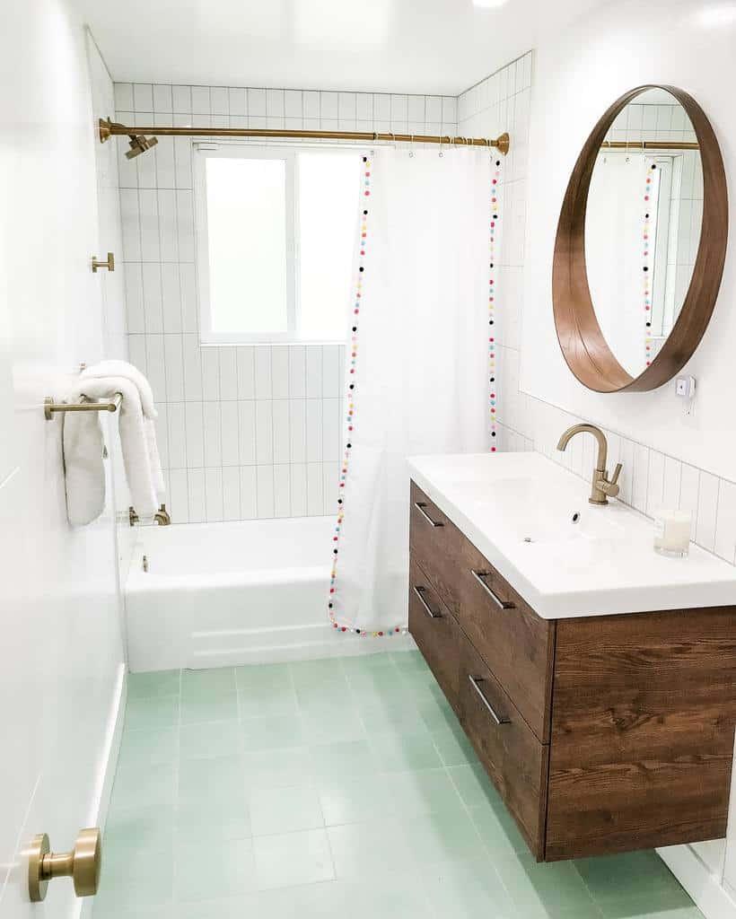 Small Shower Curtain Ideas -tawnydoan