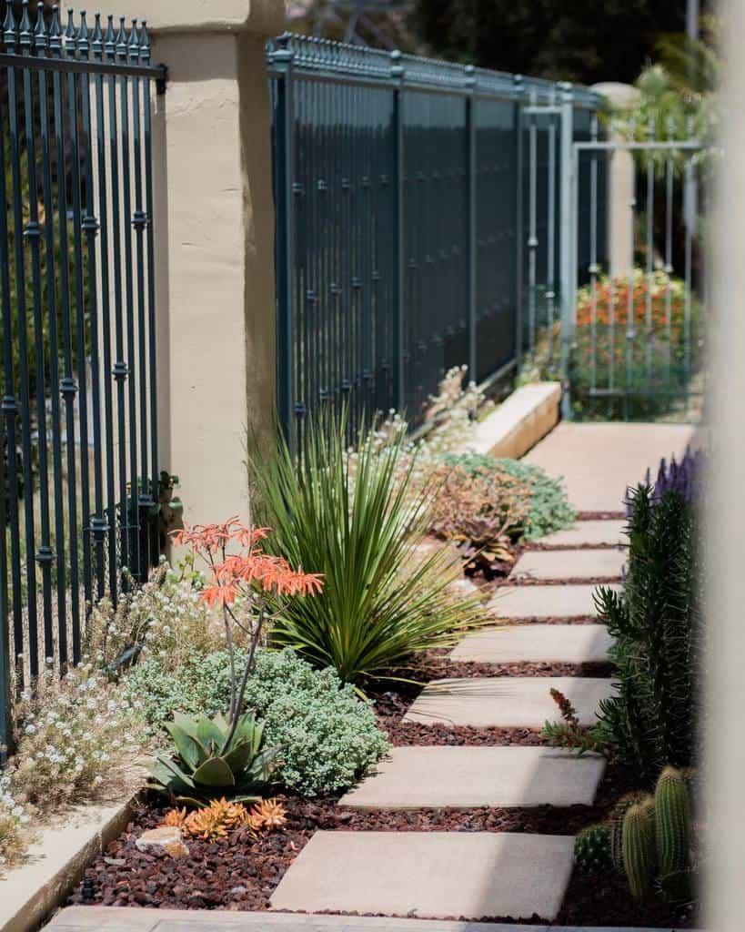 Small Side Yard Ideas -fredricksonlandscapeinc