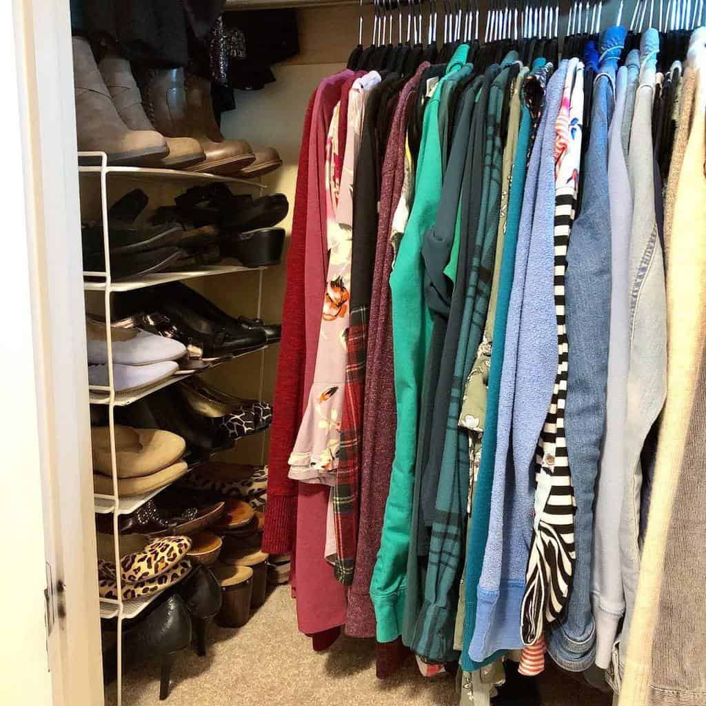 Small Space Clothes Storage Ideas -interiorsbyravn