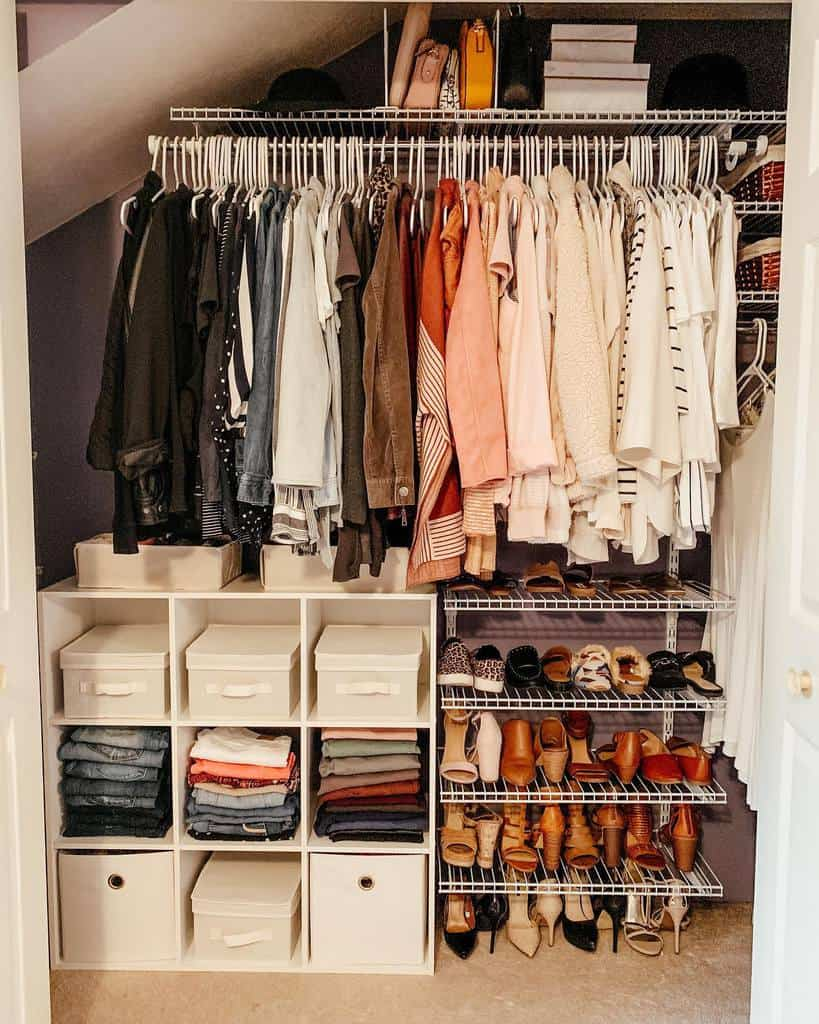 Small Space Clothes Storage Ideas -lmnt_designs