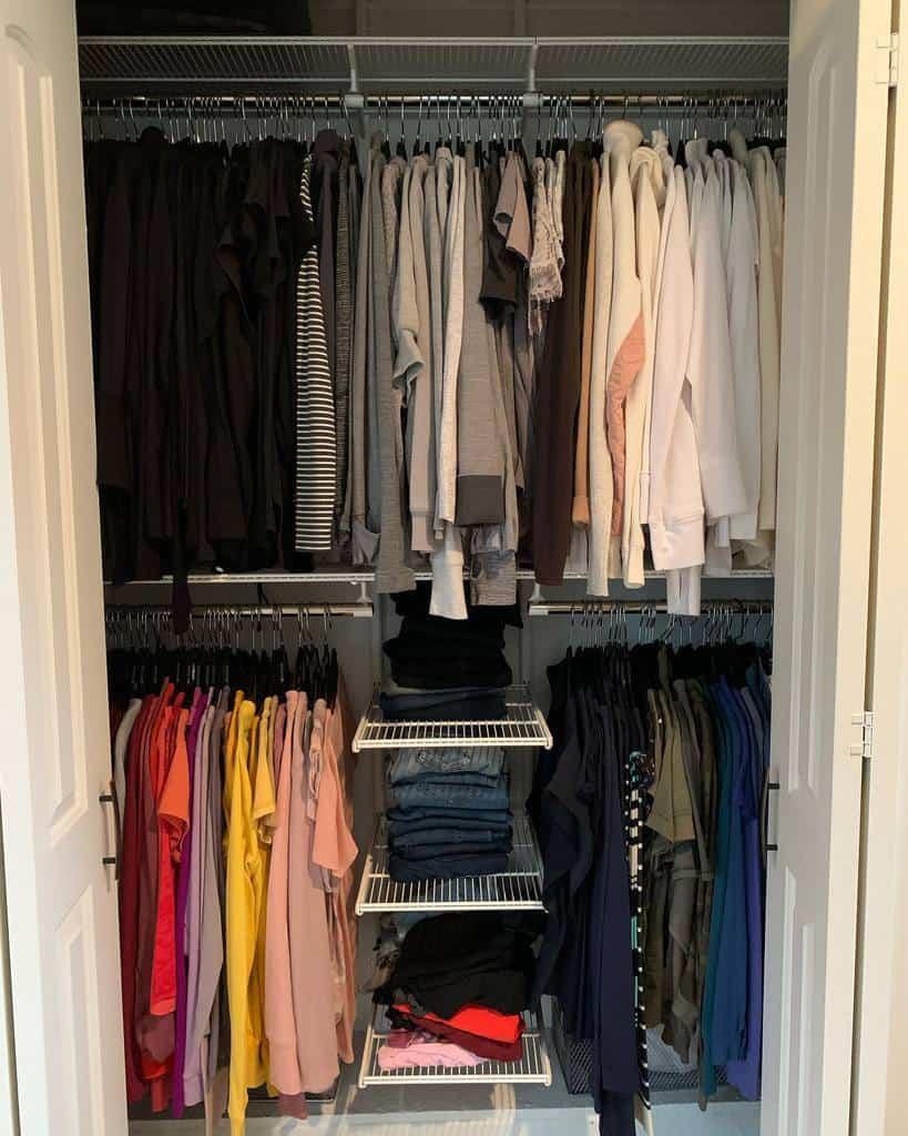 Small Space Clothes Storage Ideas -serenityathomedetroit