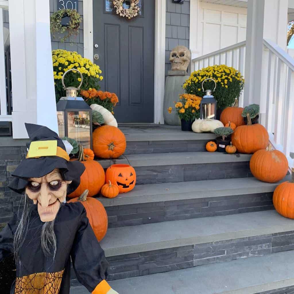 Step Front Porch Decorating Ideas -houzewize1