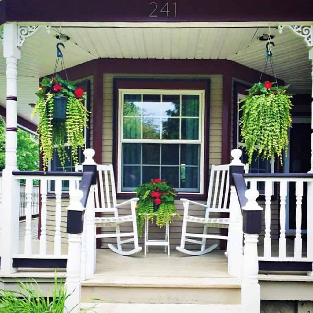 Step Front Porch Decorating Ideas -jody.wenke