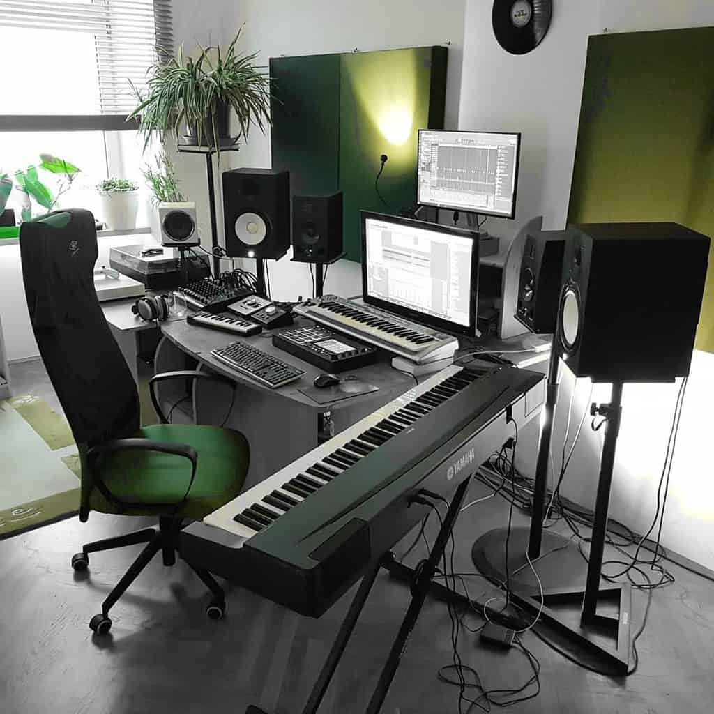 Studio Music Room Ideas -phat_beatz_