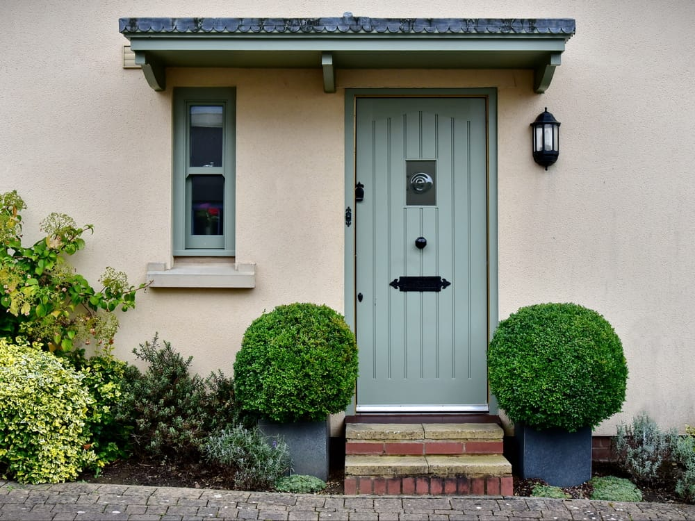 Front,Door,And,Porch,Of,An,English,Town,House