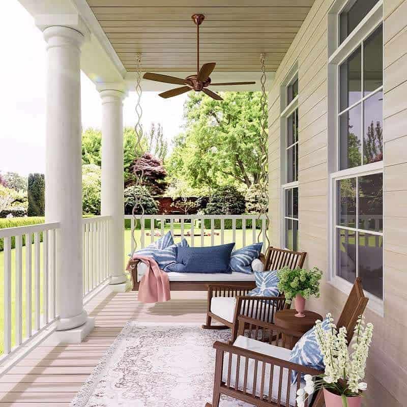 Swing Front Porch Decorating Ideas -big.mood.design