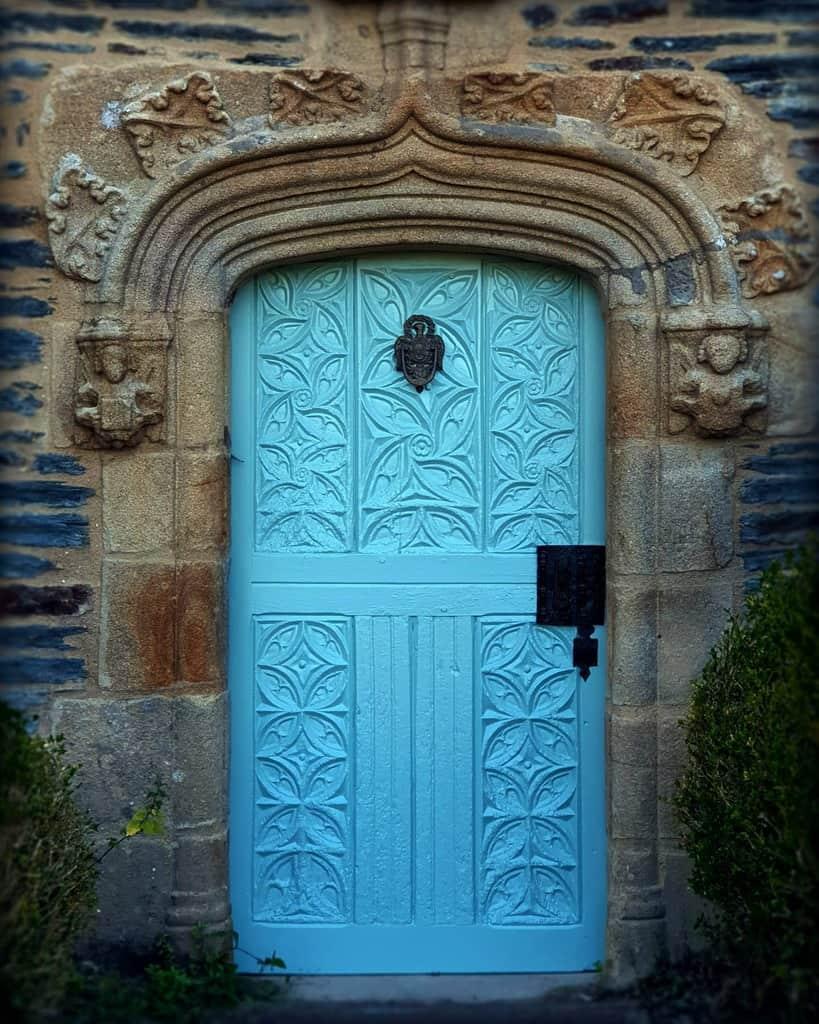 Traditional Front Door Ideas -guillaumebrochain