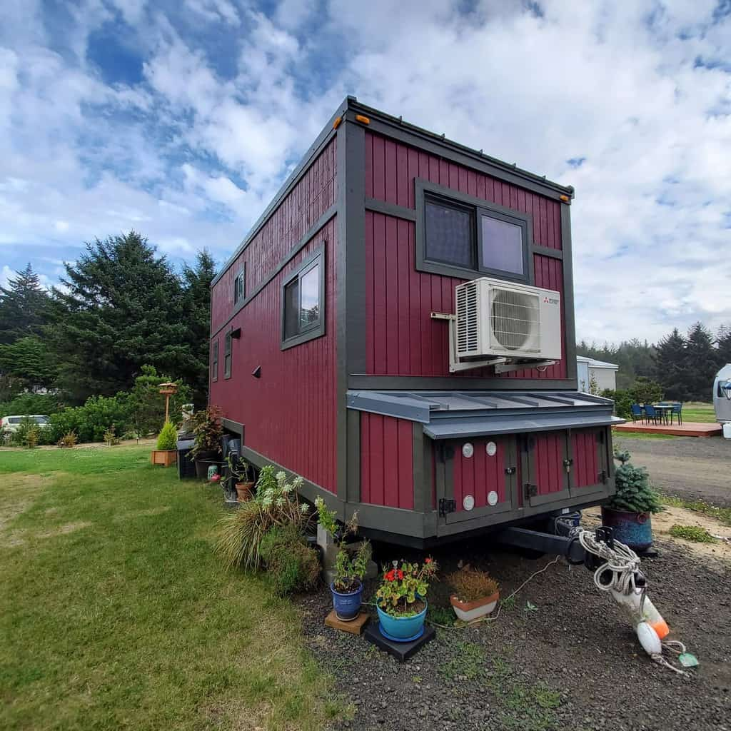 Trailer Tiny House Ideas 3 -justbtinyhouse