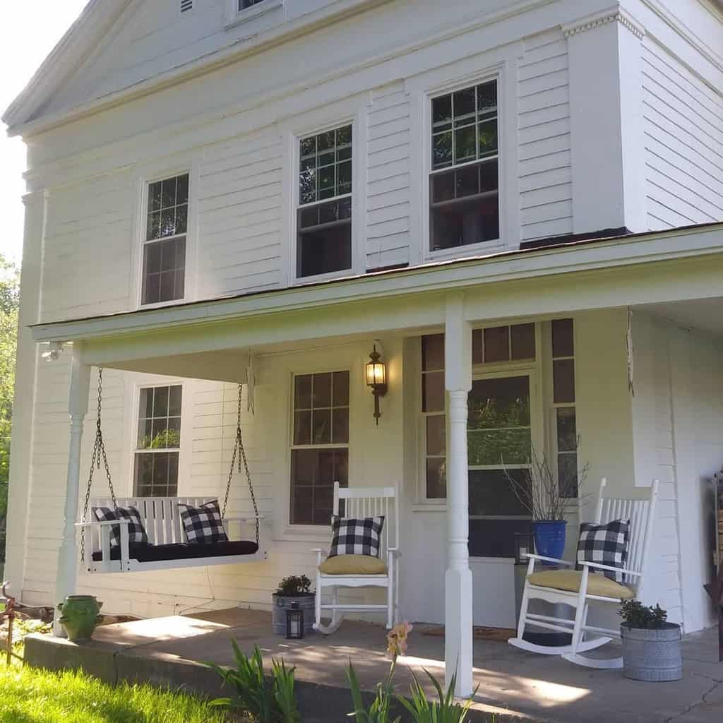 White Front Porch Decorating Ideas -diydetroit