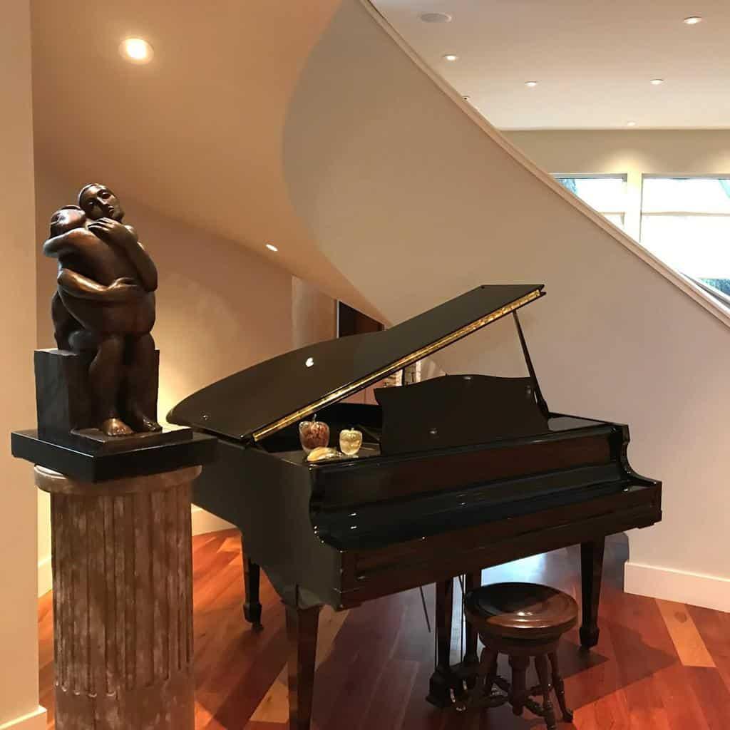 White Music Room Ideas -offthewallgallery