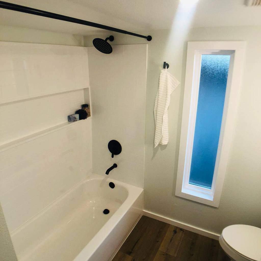 Bathroom Countertop Ideas -lifescapebuilders