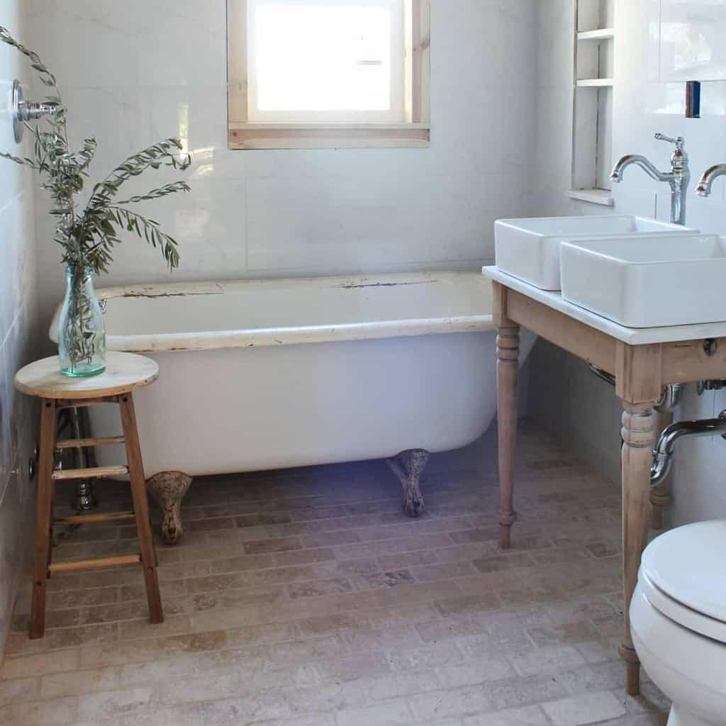 Bathroom Countertop Ideas -thevintagebucket