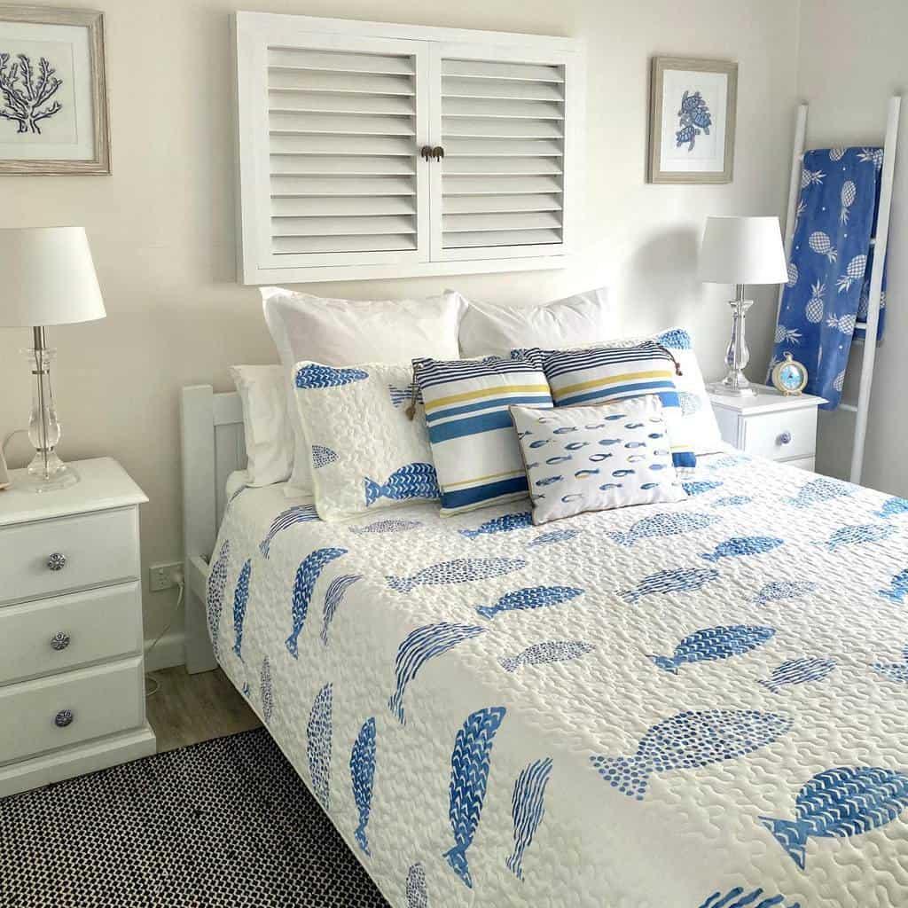 Contemporary Coastal Bedroom Ideas -beach_bungalow_currarong