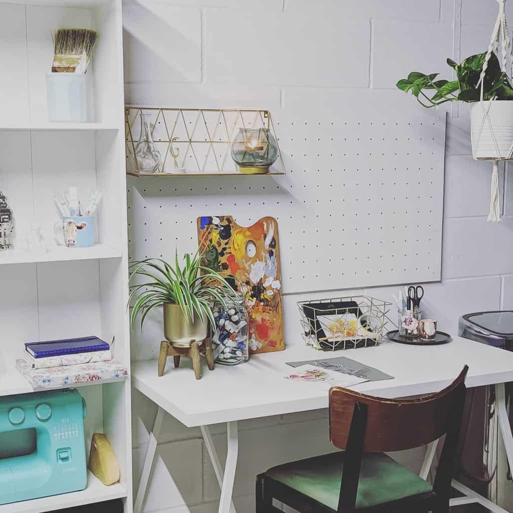 DIY Art Studio Ideas -gemma_morgan_art