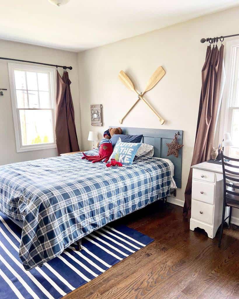 DIY Coastal Bedroom Ideas -cottageharborhomes