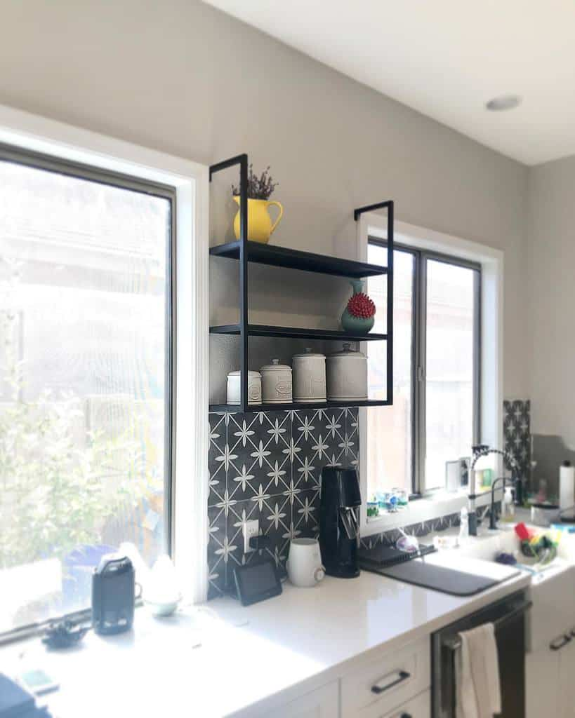 DIY Kitchen Shelf Ideas -tati_creates