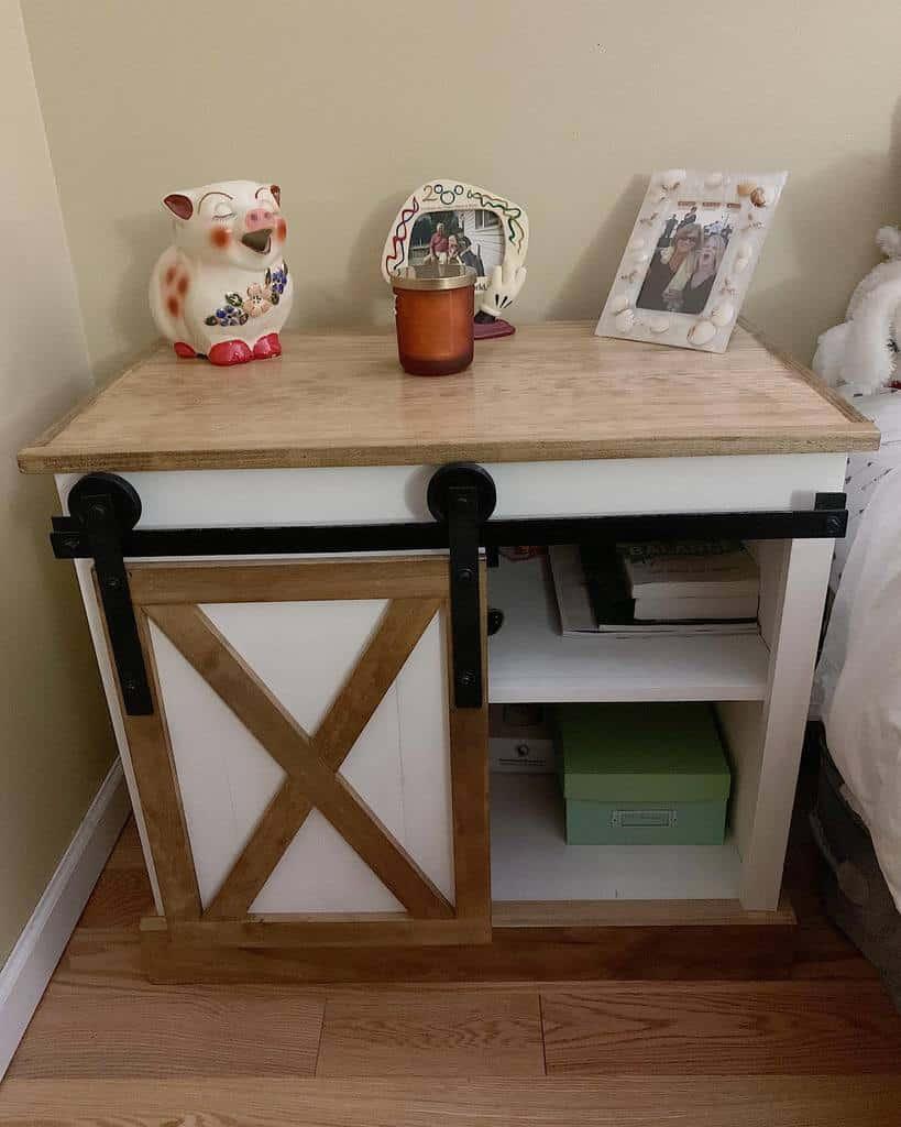 DIY Nightstand Ideas -backyardwooddesign