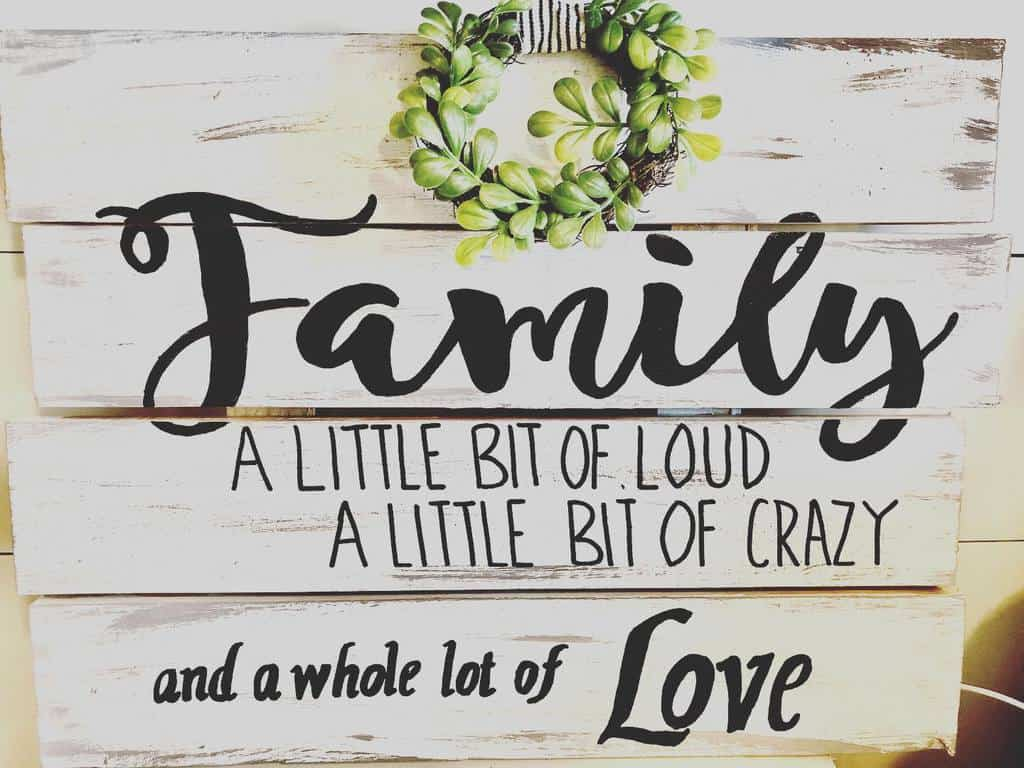 Family Wood Sign Ideas -thedistressedprincessblog