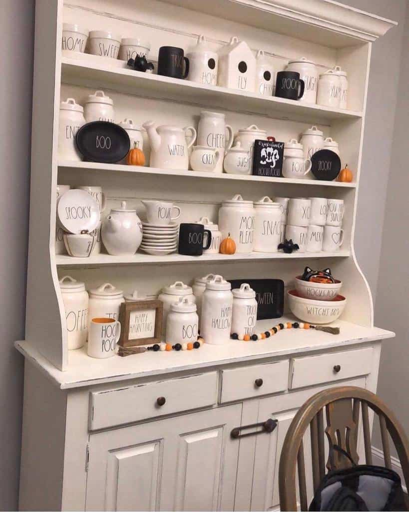 Farmhouse Chalk Paint Furniture Ideas -popofpaintnc