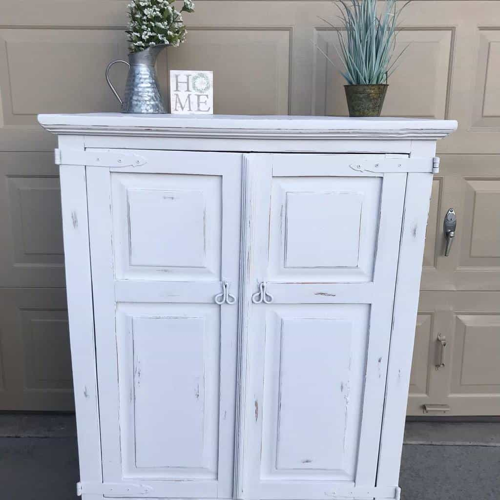 Farmhouse Chalk Paint Furniture Ideas -restoredheart517