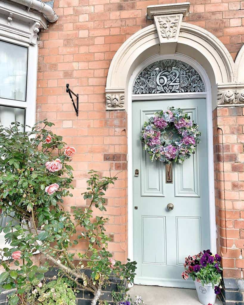 Front Door House Number Ideas -dickson_vintage